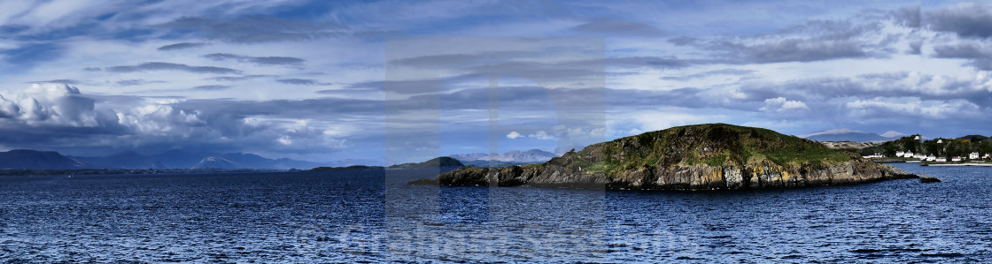 """Firth of Lorn - Approaching Oban"" stock image"