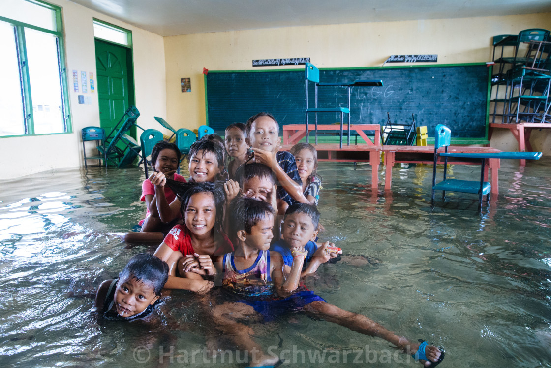 Living with the flood at Ubay Island