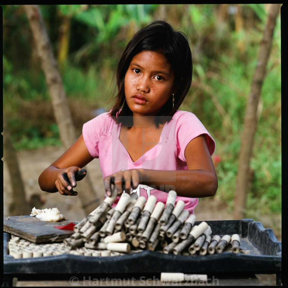 """""""Child Labour at firecracker industry - Kinderarbeit Feuerwerk"""" stock image"""