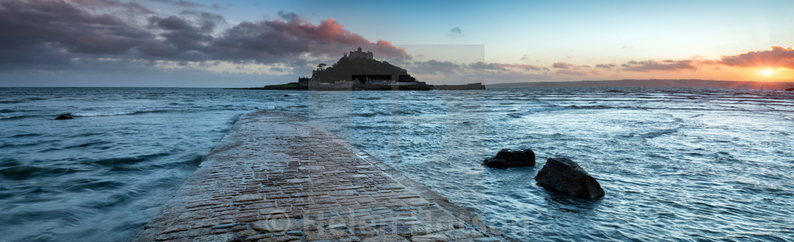 """""""Panoramic view of the causeway at high tide leading to St Michaels Mount at Marazion near Penzance in Cornwall"""" stock image"""