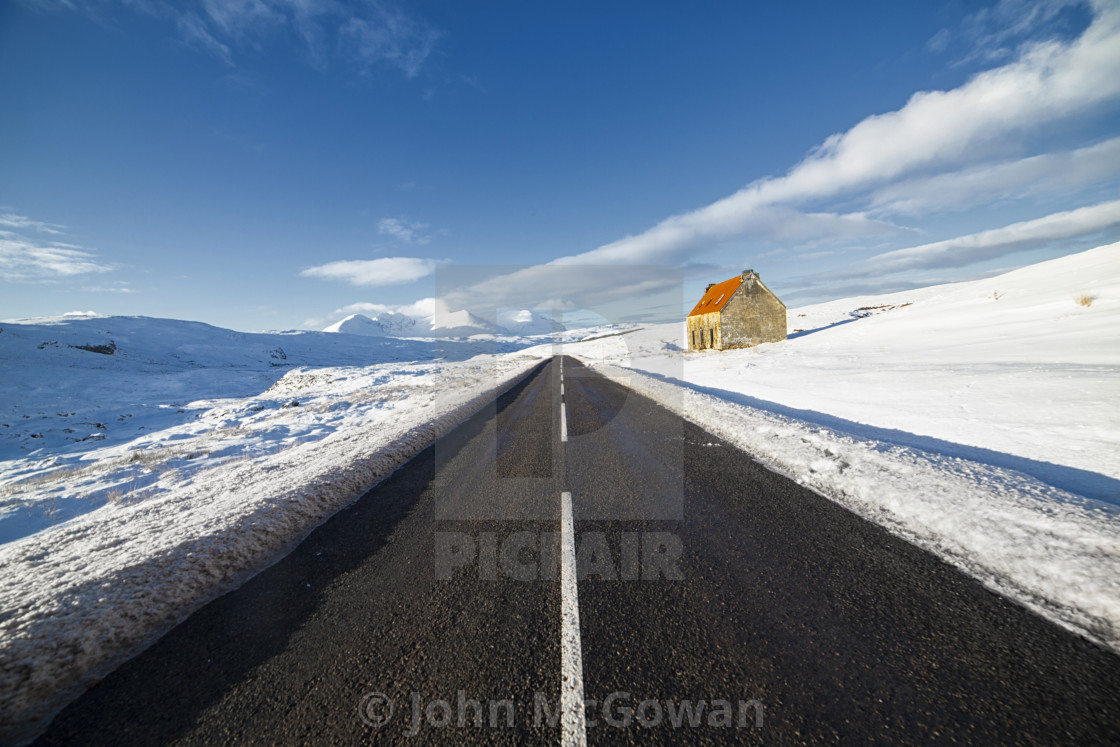 """""""Destitution Road, The Ruined House and An Teallach in Winter"""" stock image"""