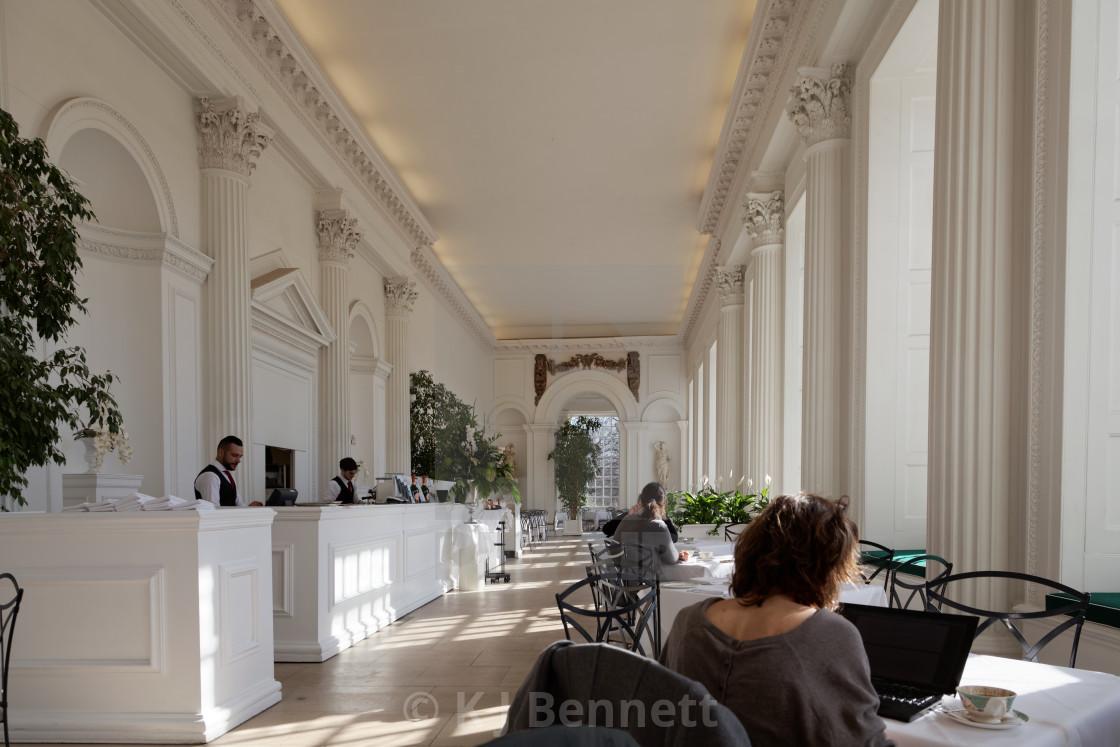 """Dining room. Garden, pavilion, Queen Anne, 1704, lunches, lunch, tea, teas, beverage, beverages, cakes, Kensington Palace, royal palace, royal palaces, Orangery, Restaurant, Kensington Gardens, London, England, UK"" stock image"