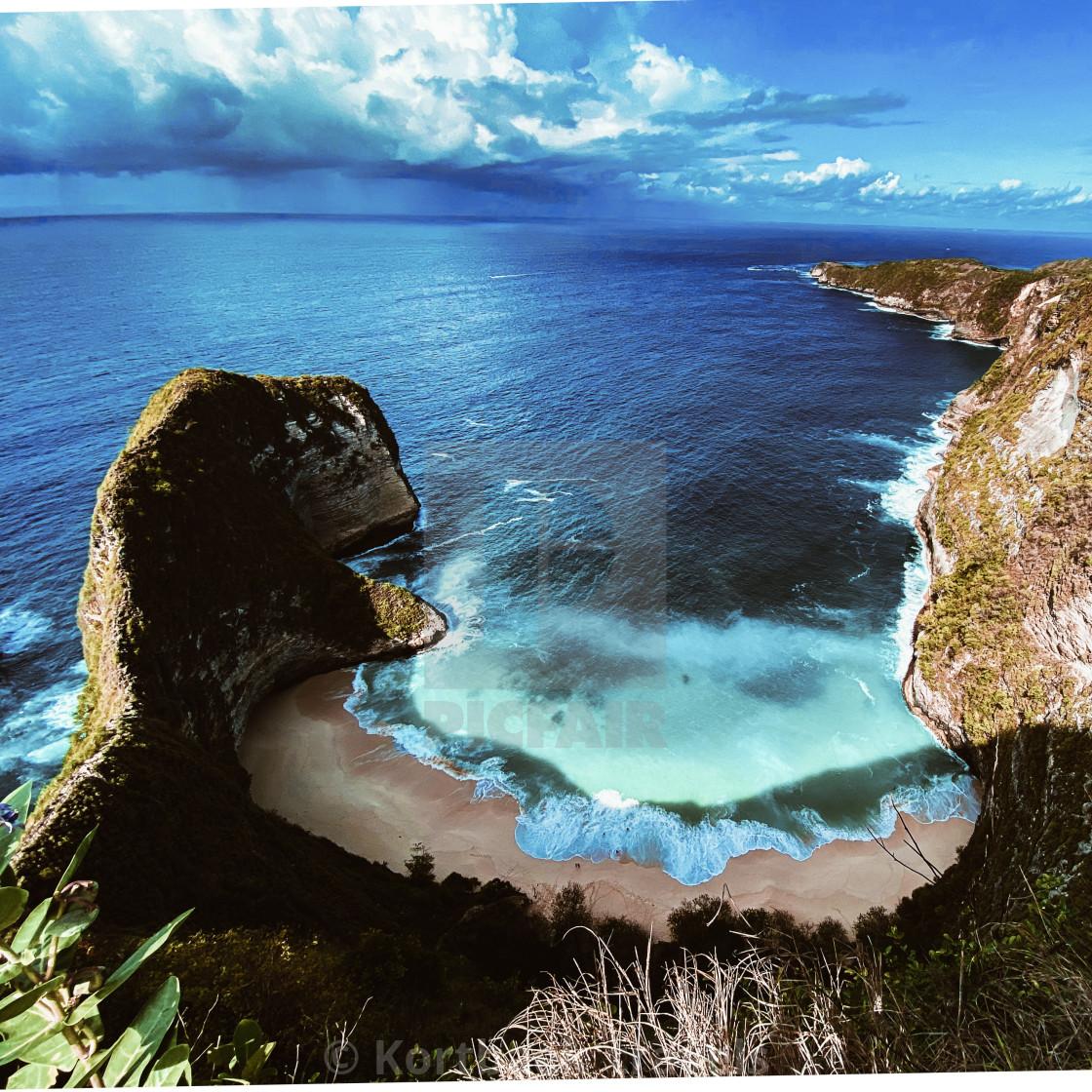"""Full aerial view of Kelingking Beach, Nusa Penida Island, Indonesia"" stock image"