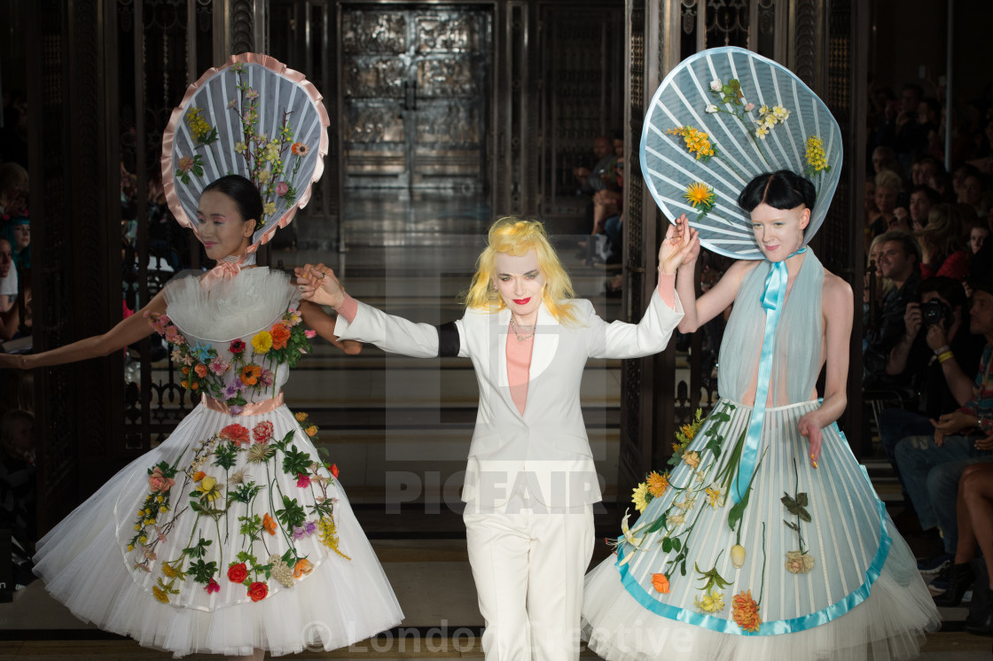 """""""Pam Hogg Spring Summer 2014 collection at London Fashion Week"""" stock image"""