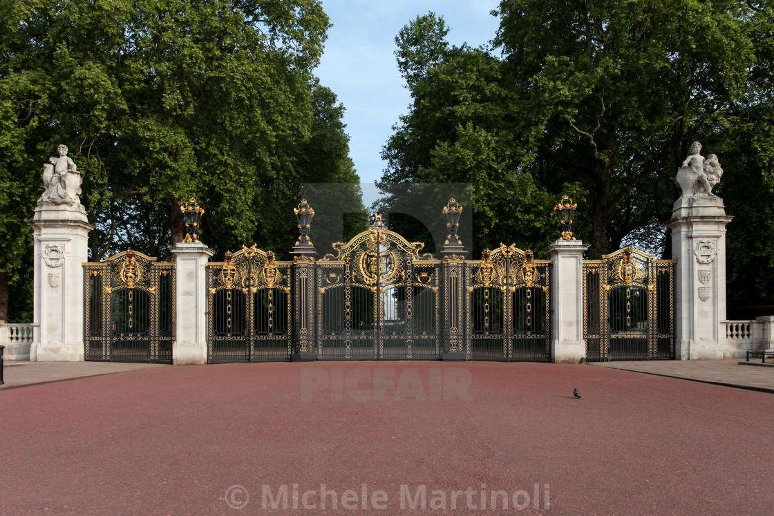 """Canada Gate, Green Park"" stock image"