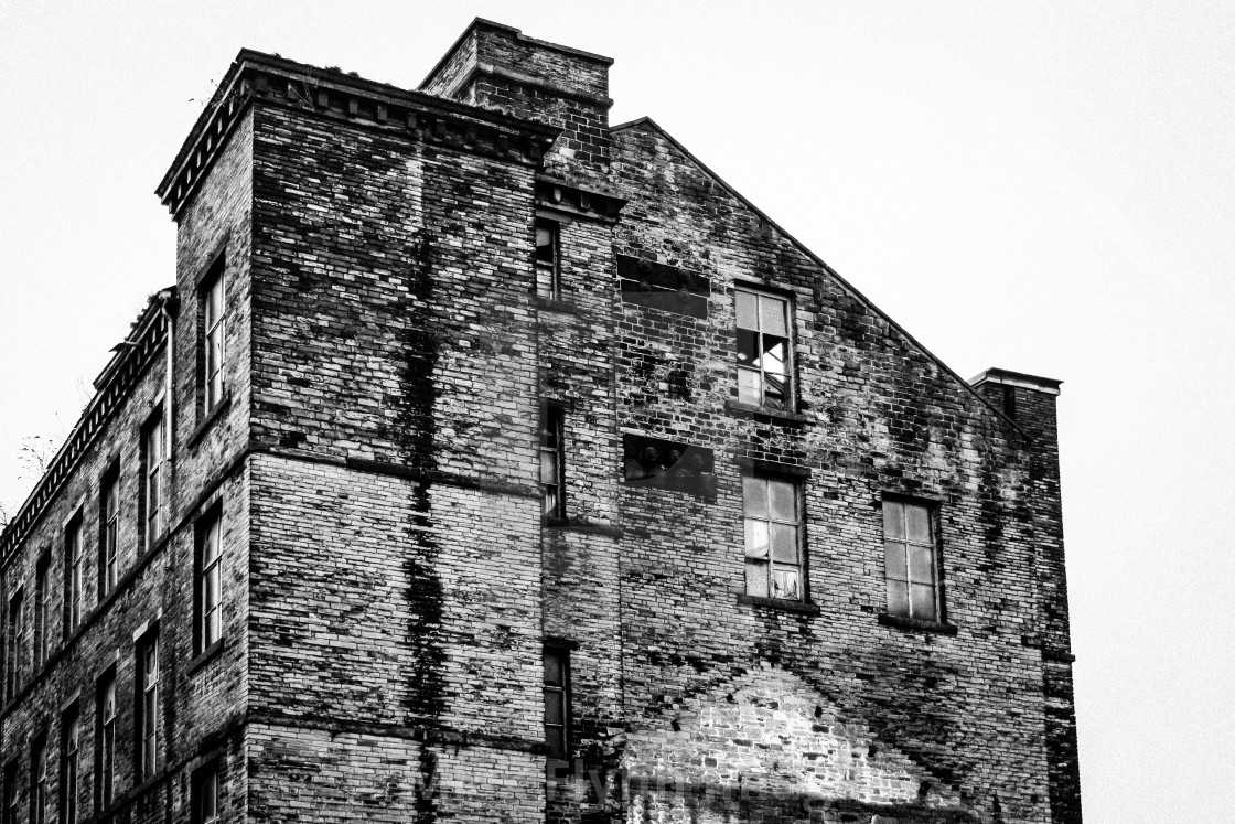 """""""Thompsons Mill, Fulton Street, Tetley Street, Thornton Road Bradford, West Yorkshire. An image from my series 'Monochrome Mill Town', black and white studies of around the northern Wool City of Bradford, West Yorkshire."""" stock image"""