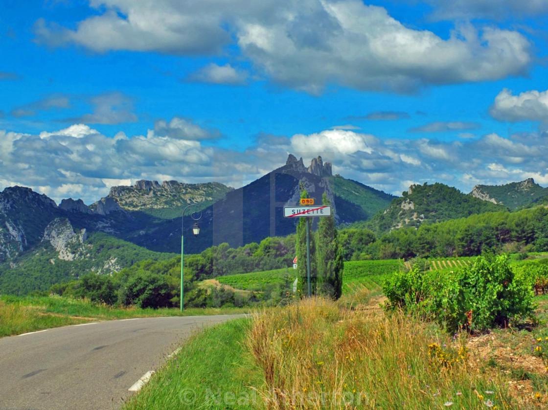 The village of Suzette Provence
