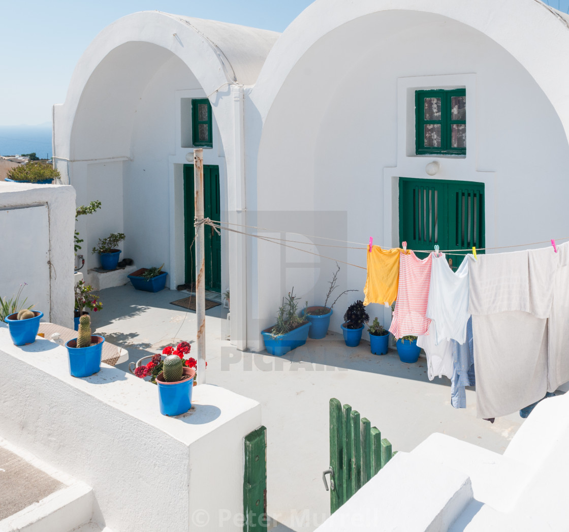 """""""House in Thira"""" stock image"""