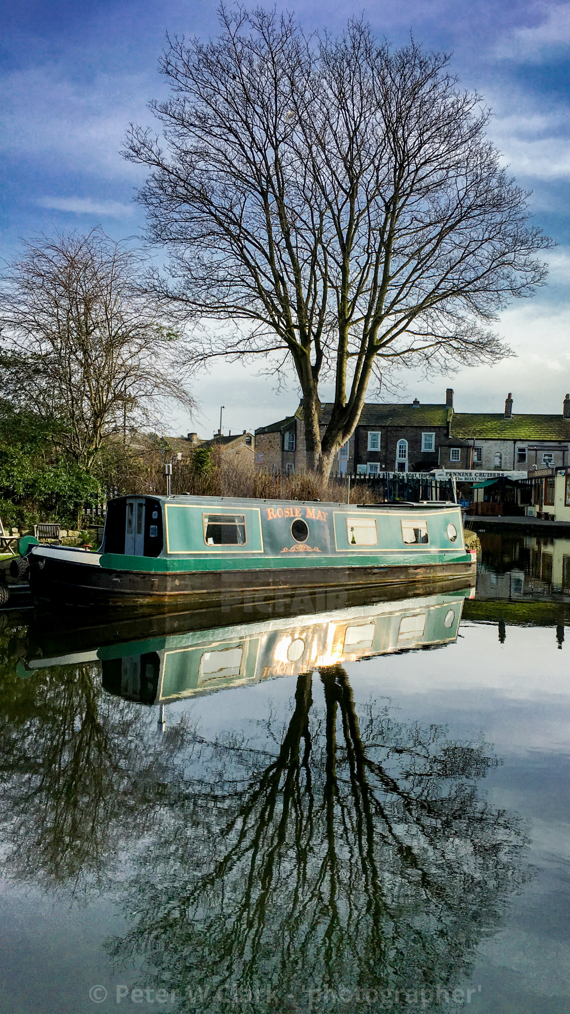"""Skipton Canal Basin on the Leeds Liverpool Canal. Narrow Boat 'Rosie May"" stock image"