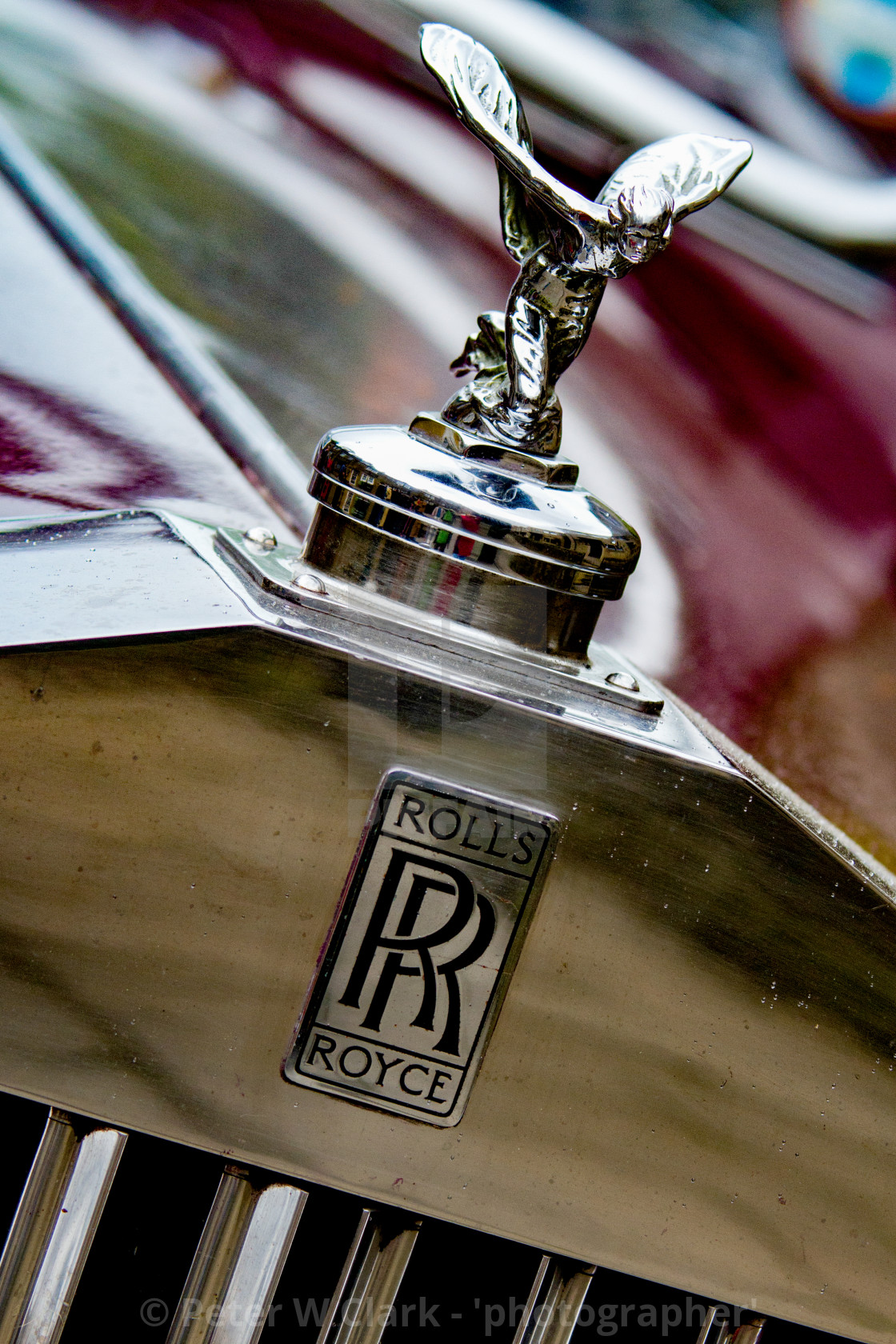 """""""Transport at the Haworth 1940's Weekend. Classic Rolls Royce car Emblem, The Spirit of Ecstasy is the bonnet ornament sculpture on Rolls-Royce cars."""" stock image"""