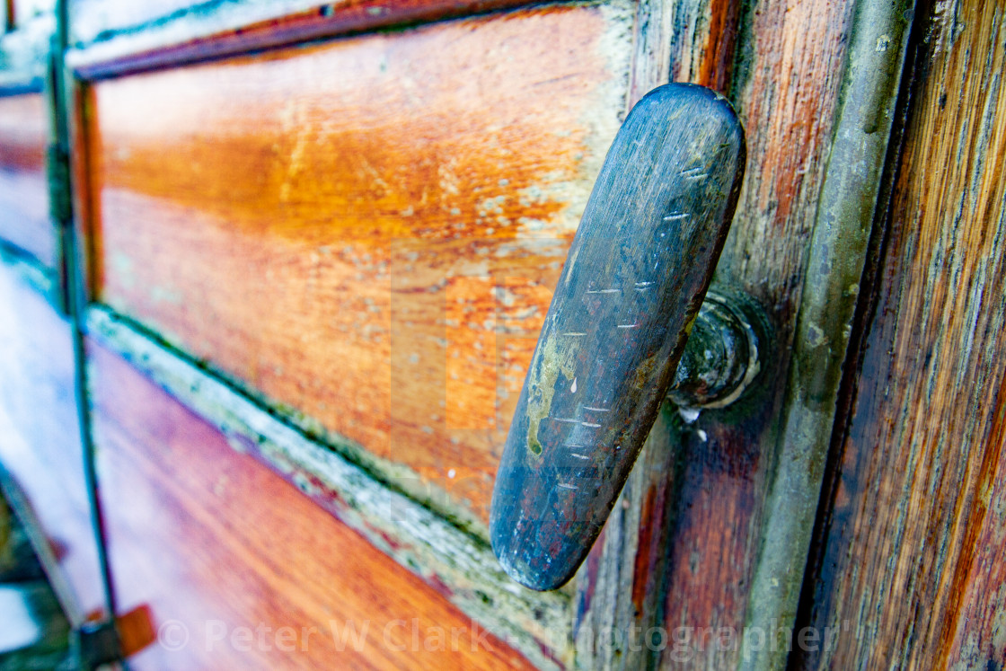 """Vintage carriage/Saloon Door/Handle Detail on display at Embsay and Bolton Abbey Steam Railway"" stock image"