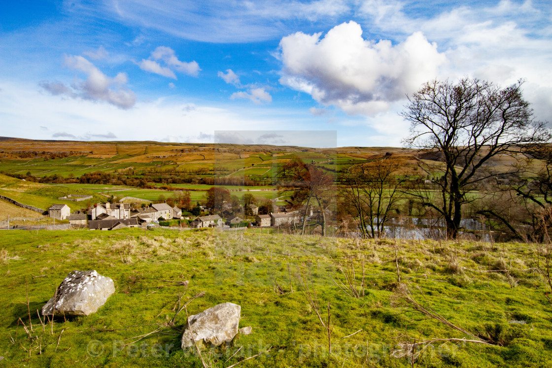 """Kilnsey a small village in Wharfedale, North Yorkshire, England"" stock image"
