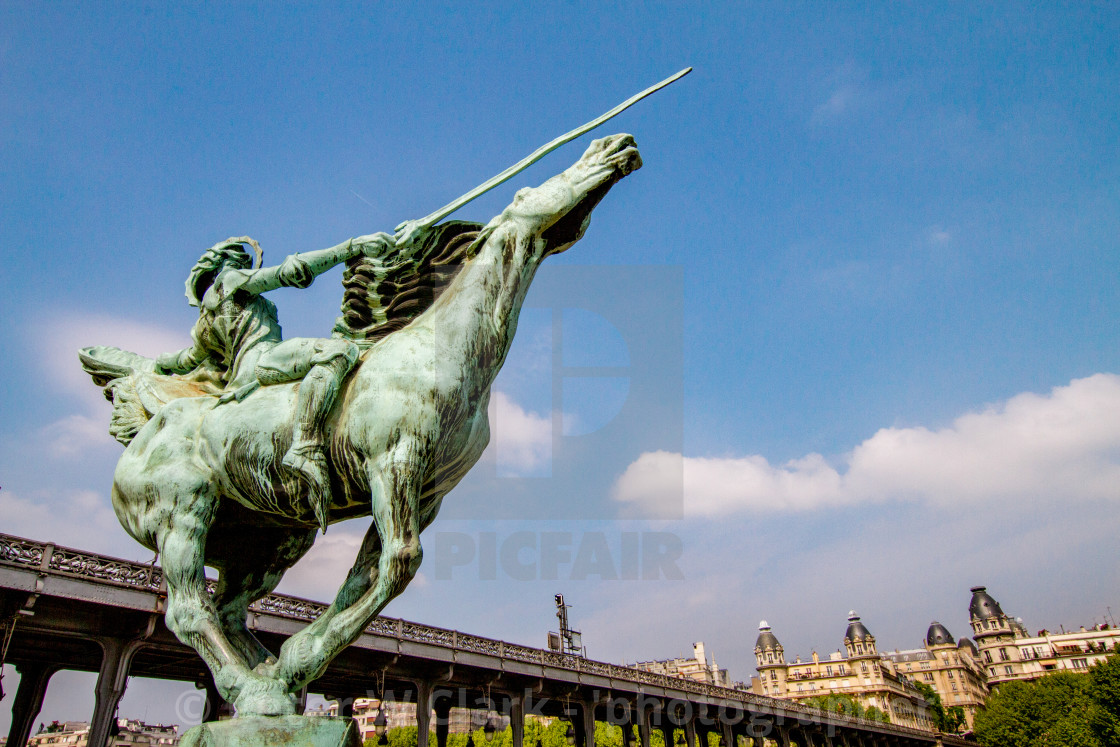 """Monument de la France Renaissante, Paris, Bir-Hakeim bridge in the Background."" stock image"