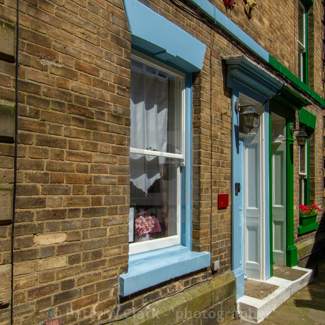 """""""Staithes, High Street Cottages"""" stock image"""