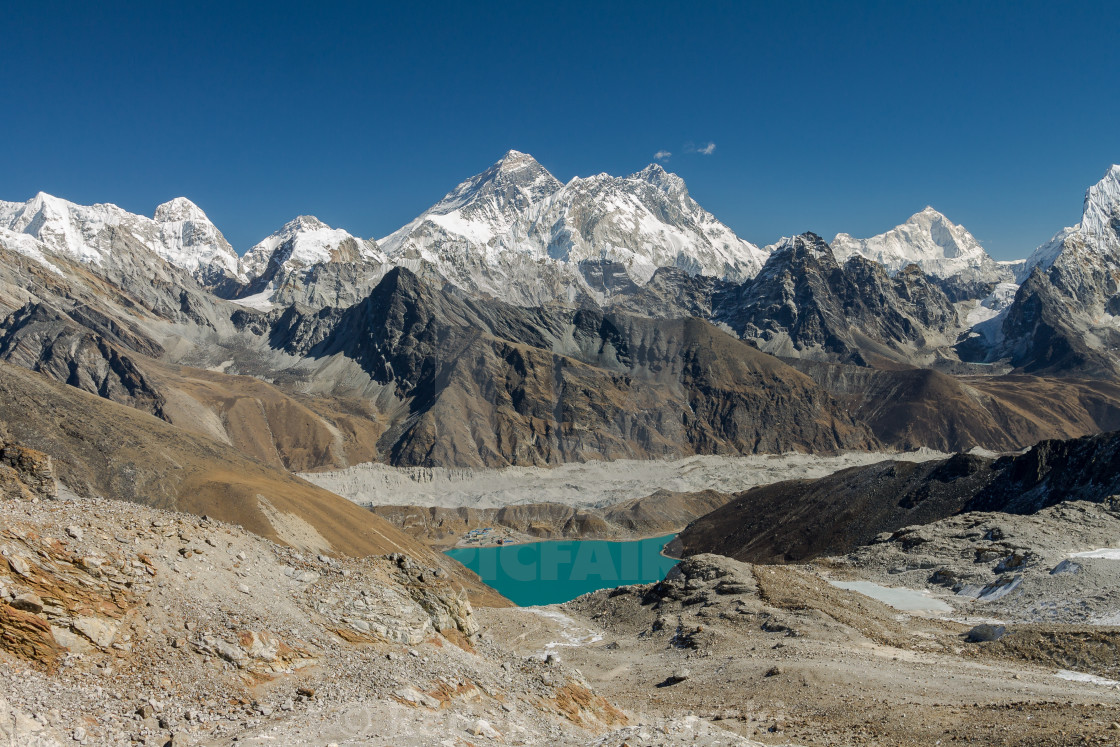"""Broad view of Mount Everest, Lhotse, Makalu and other peaks"" stock image"
