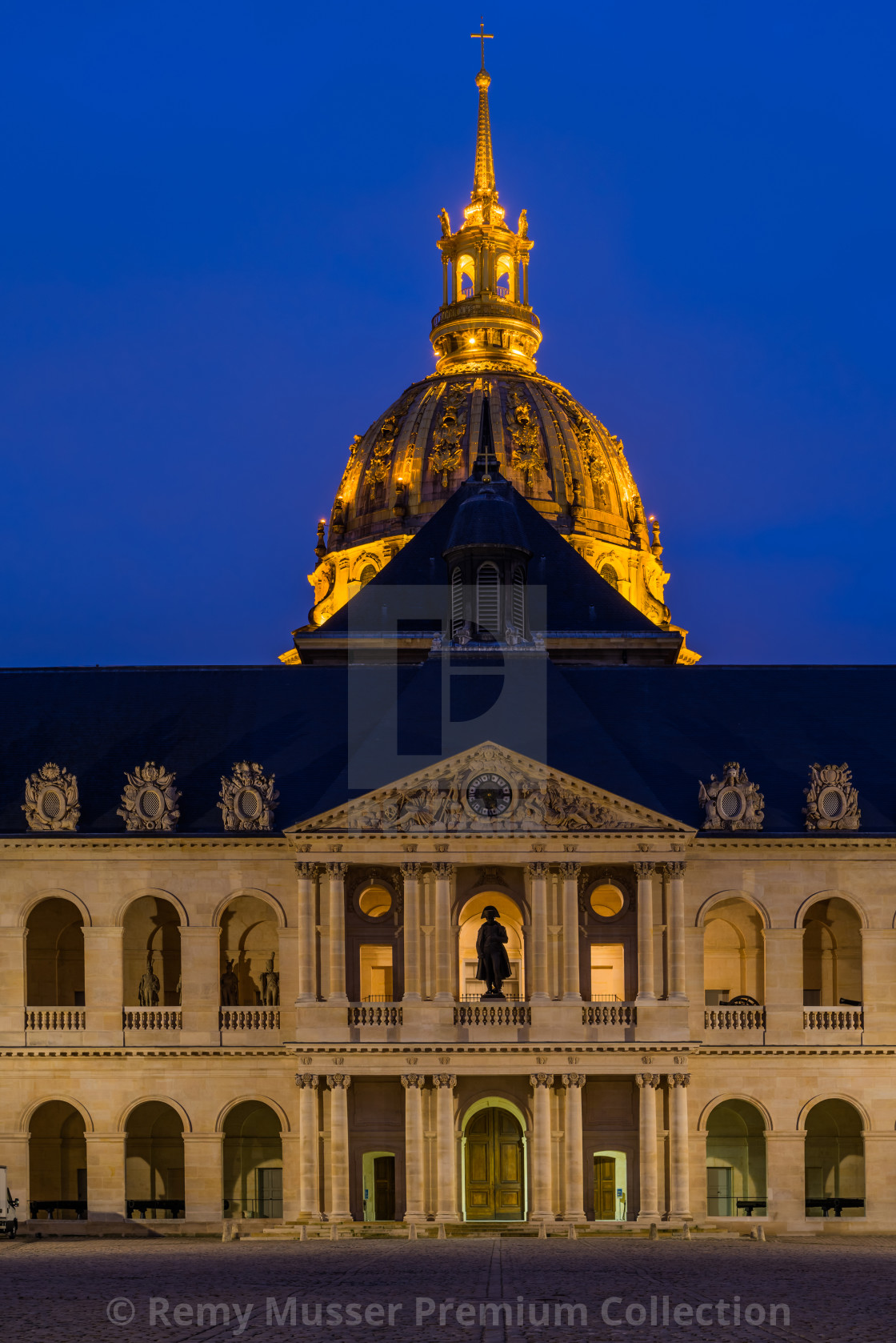 """""""Invalides in Paris France"""" stock image"""