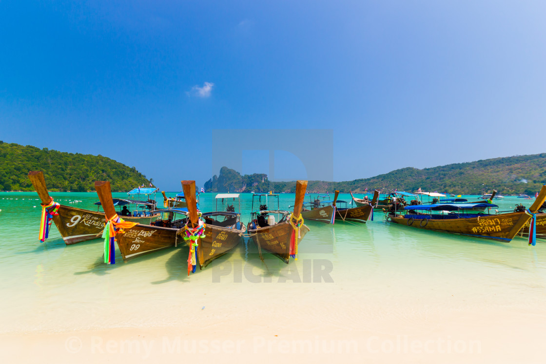 Long tail boat to bring tourist to travel to beautiful Island i