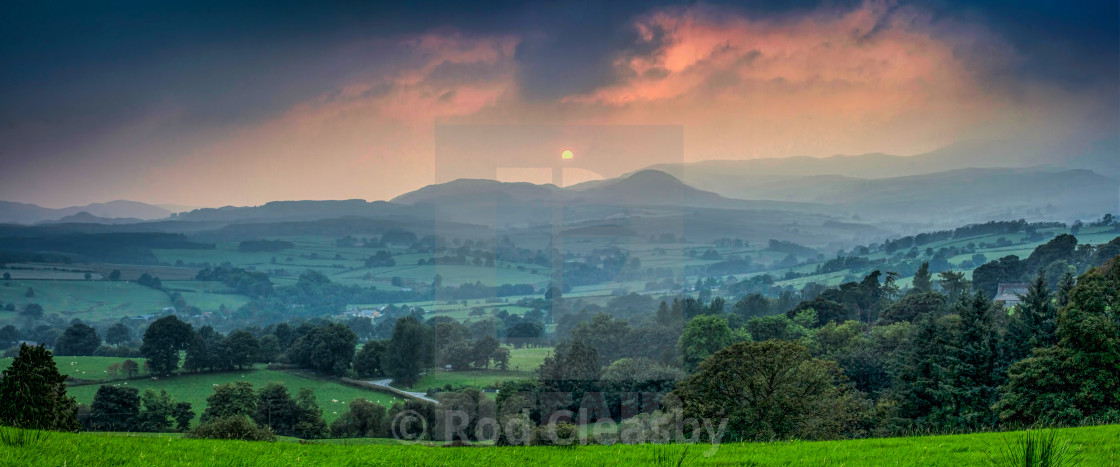 """""""Time stands still. Sun hovers over Snowdon."""" stock image"""