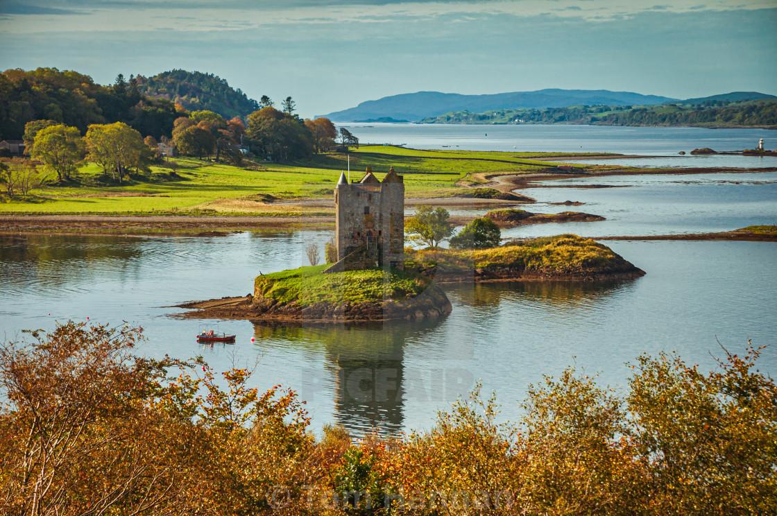 """""""Castle Stalker (Gaelic Stalcaire - Hunter/Falconer)"""" stock image"""