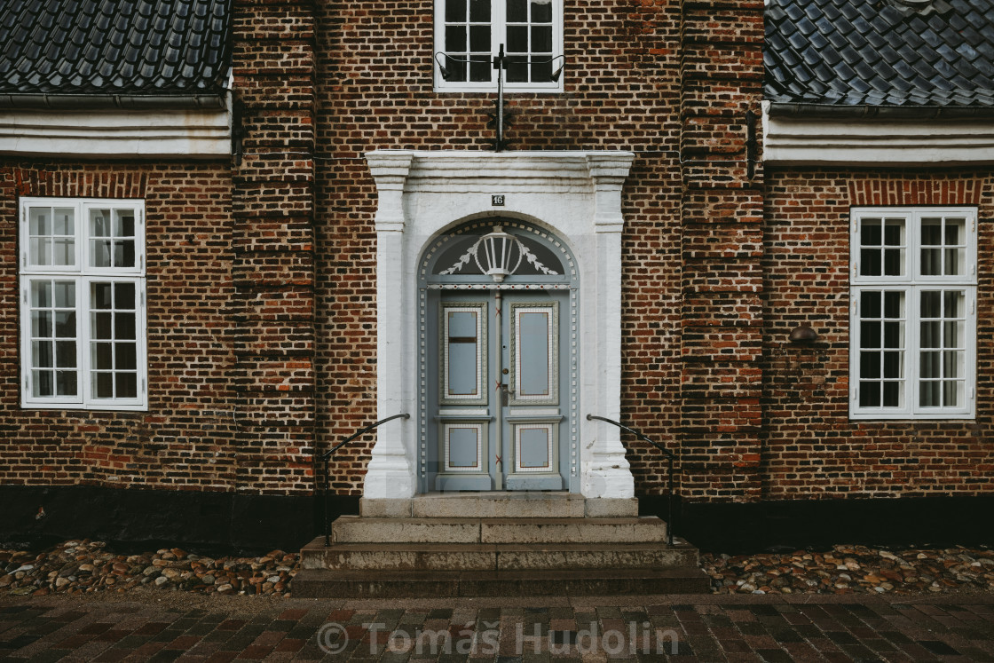 """""""The front view of a old brick house in the oldest Denmark town Ribe"""" stock image"""