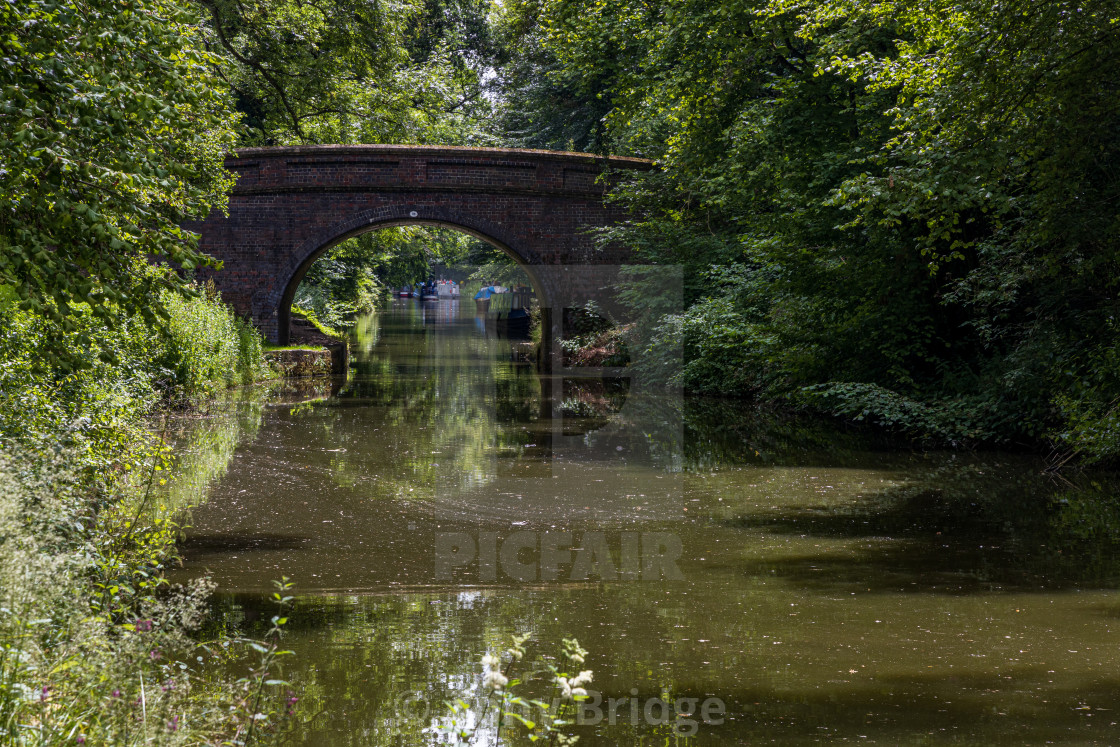 """Bristow Bridge over the Kennet and Avon Canal"" stock image"