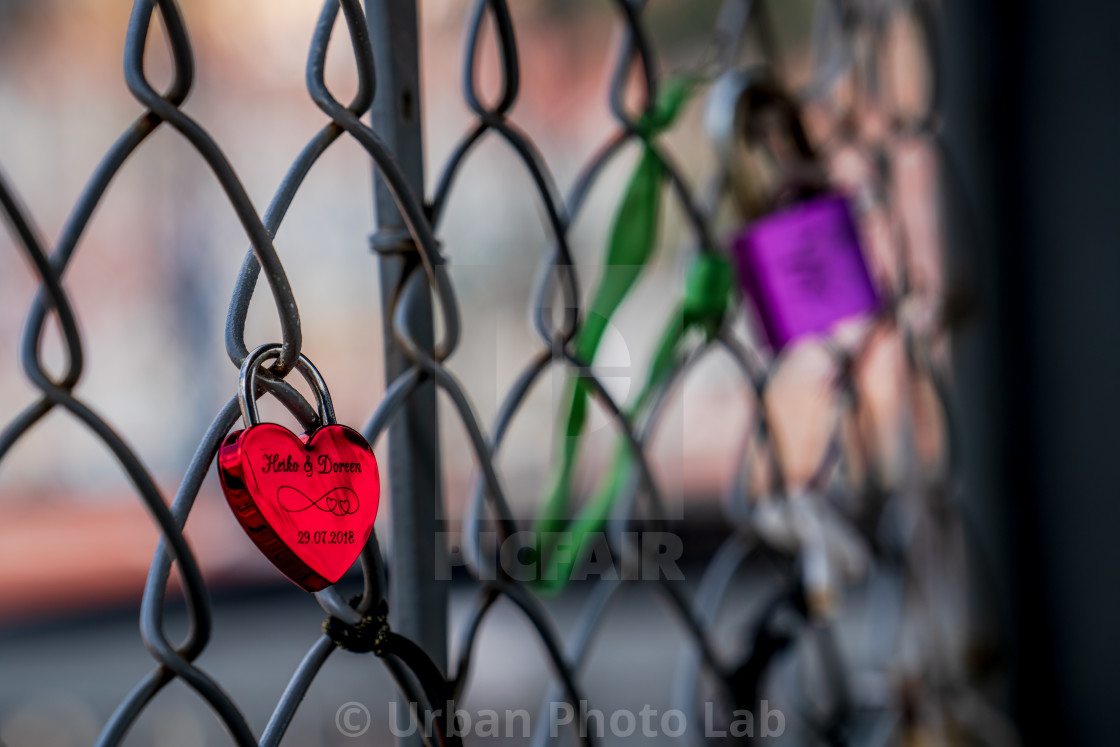 """""""Sweethearts locked to a fence"""" stock image"""