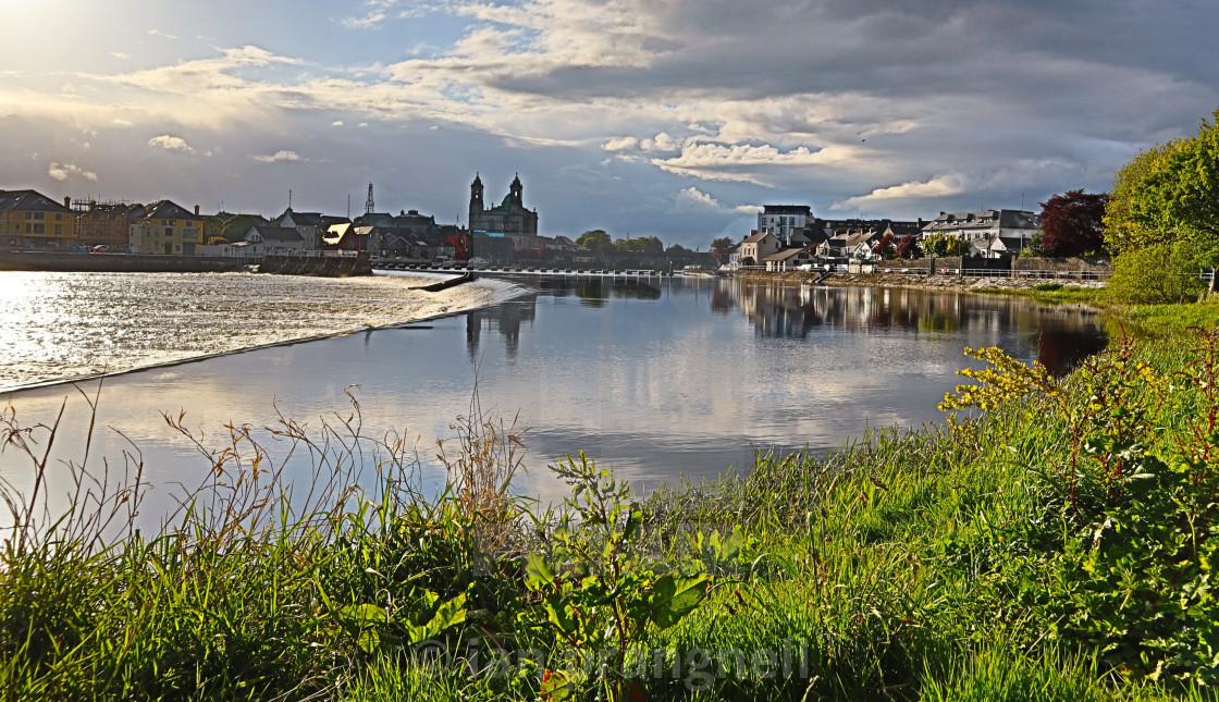 """""""Athlone St Peters & River Shannon"""" stock image"""