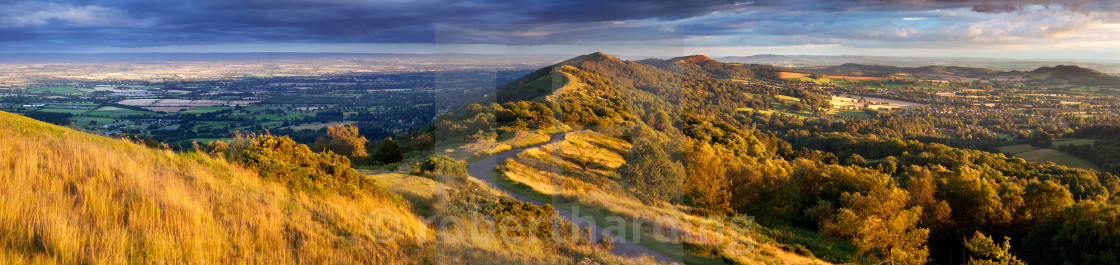 """The winding footpath through the Malvern hills in autumn, Worcestershire,..."" stock image"