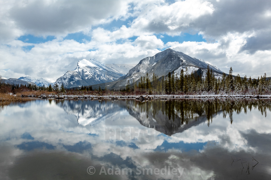 """""""Reflecting at the Vermillion Lakes"""" stock image"""