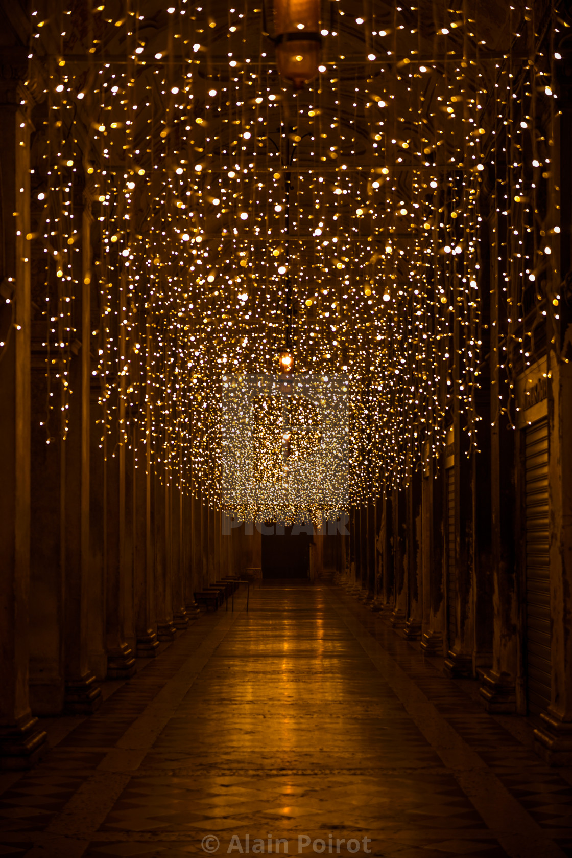 Christmas In Italy Decorations.St Marks Square Colonnades Christmas Lights Venice