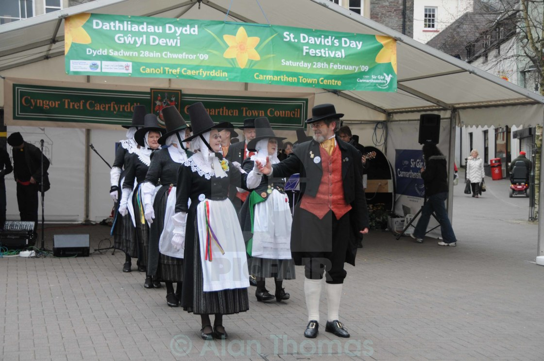 """Welsh folk dancers performing their dance routine on St. Davids"" stock image"