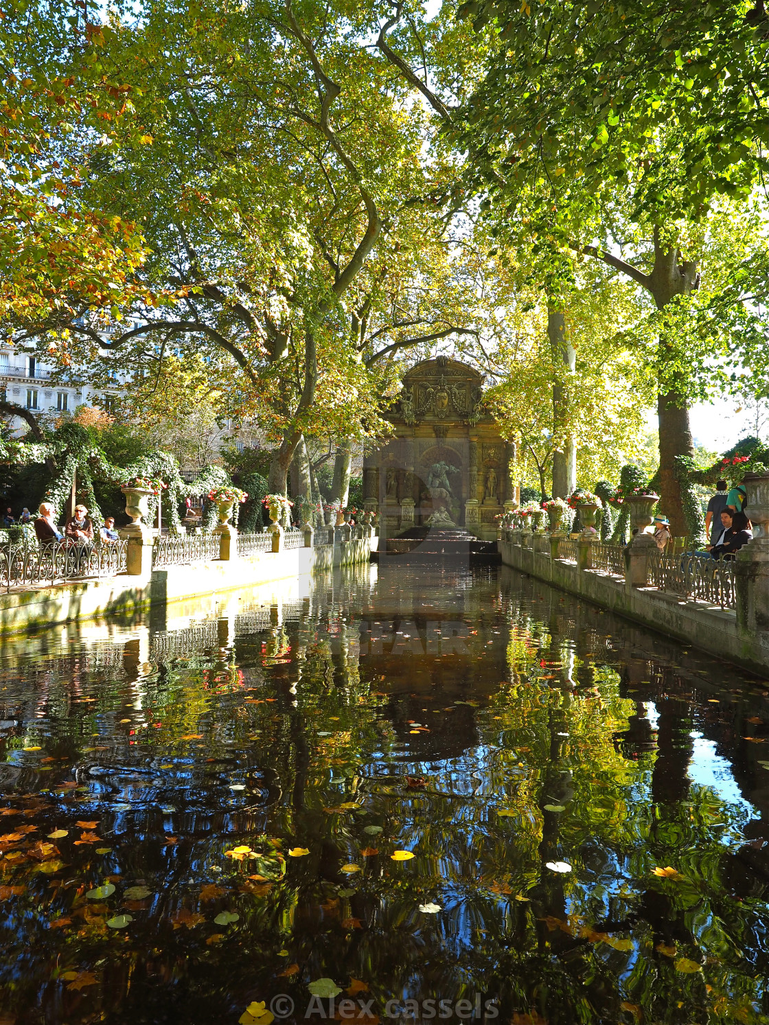 Image De Fontaine De Jardin la fontaine de medicis - license, download or print for