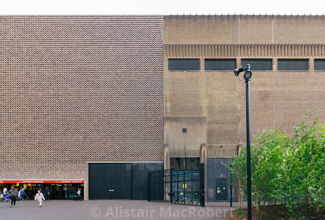 """""""Tate Modern - Old and New"""" stock image"""