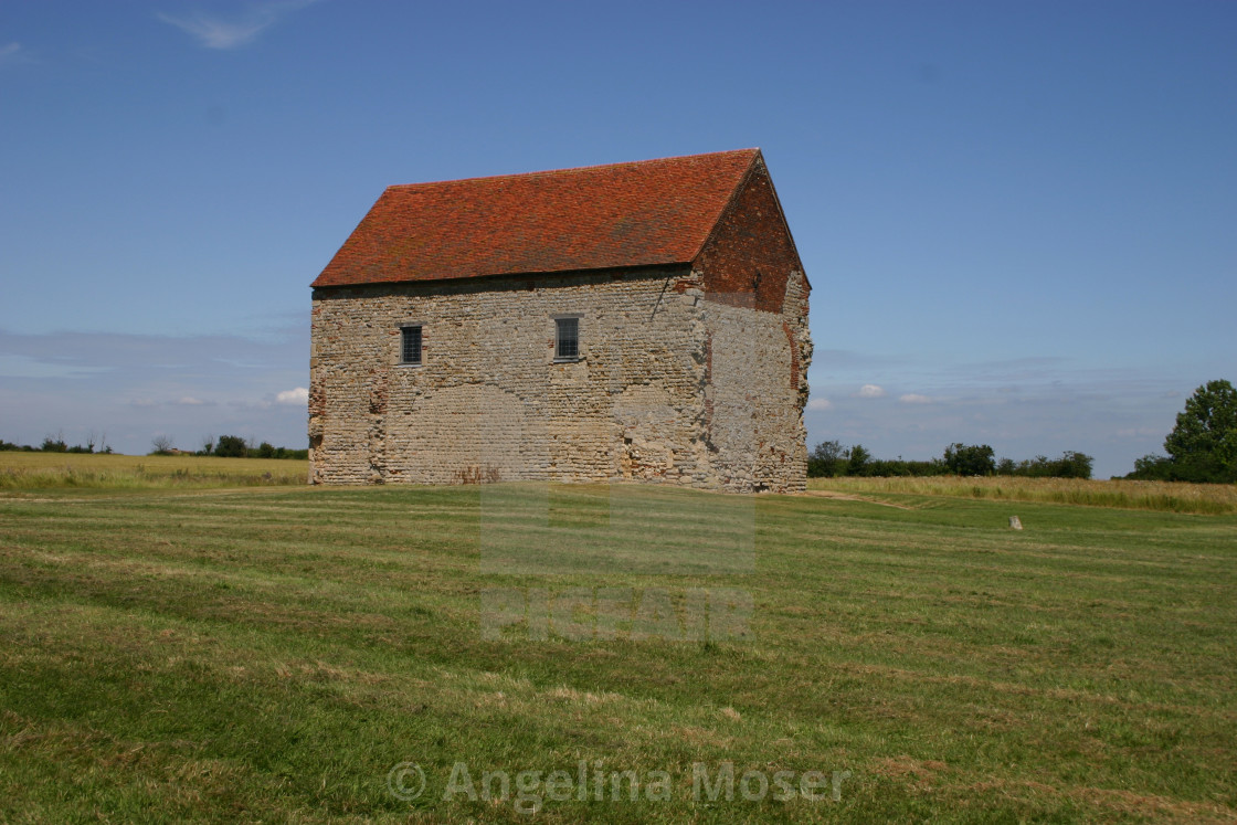 """""""St Peter on the Wall Chapel"""" stock image"""