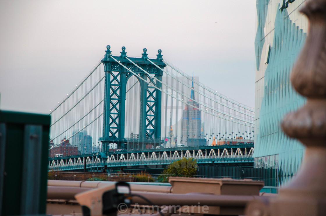 """""""Brooklyn Bridge Peek"""" stock image"""