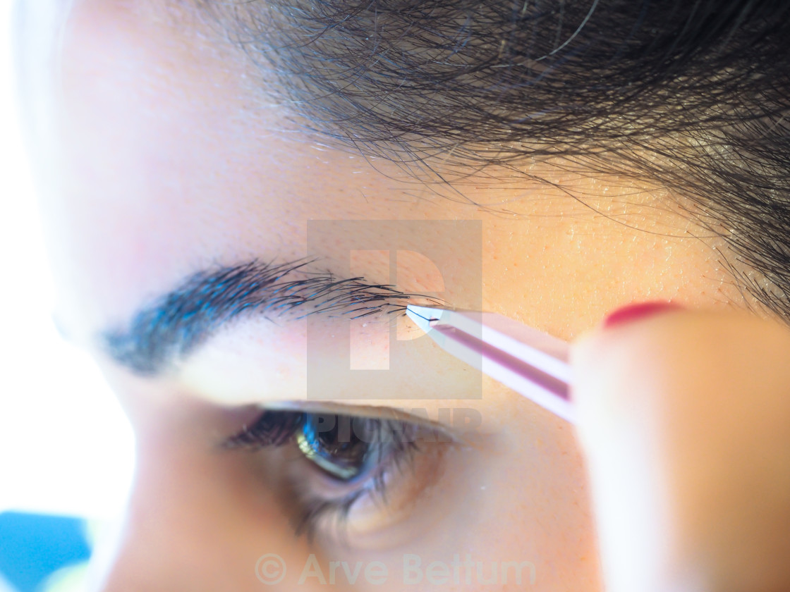 Female Pulling Eyebrows License For 620 On Picfair