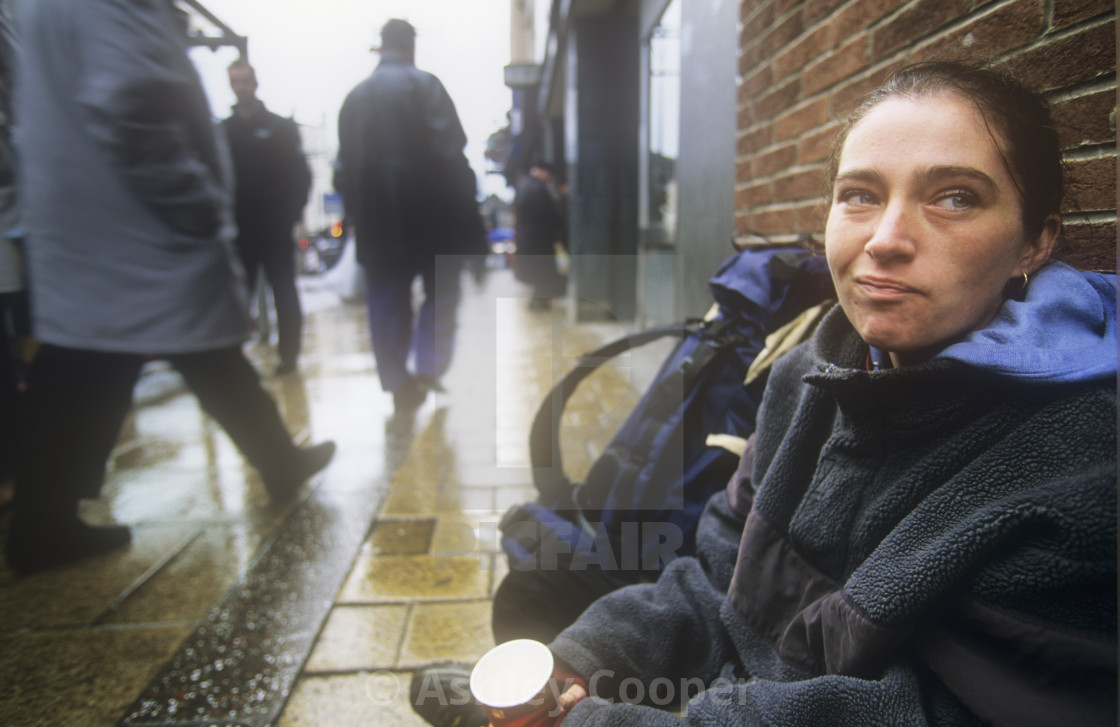 Download picture of homeless person