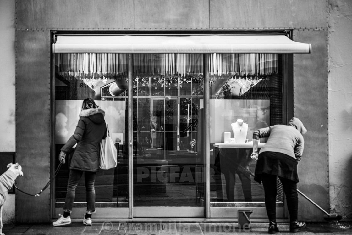Photo session in the streets of Bergamo