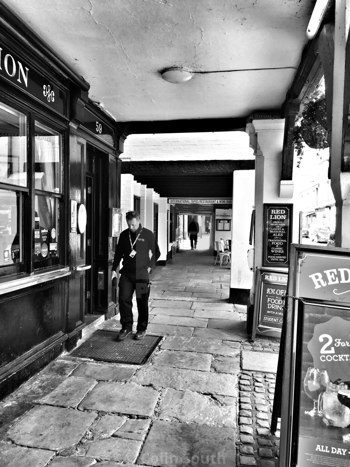 """""""Outside The Red Lion, Northgate Street, Chester"""" stock image"""