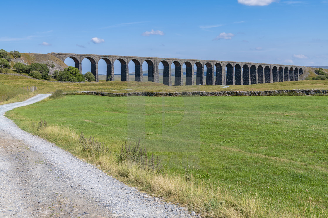 """Ribblehead Viaduct, Yorkshire"" stock image"