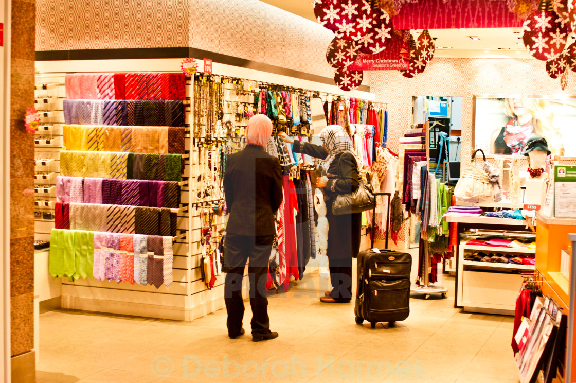 Scarf Shopping In Kuala Lumpur - License for £44.64 on Picfair