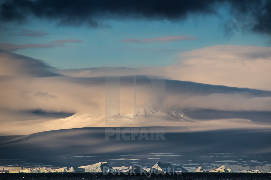 """Cloudscape"" stock image"