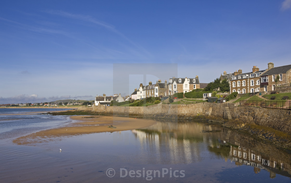 Homes Along The Water In The Coastal Town Of Fife, Elie
