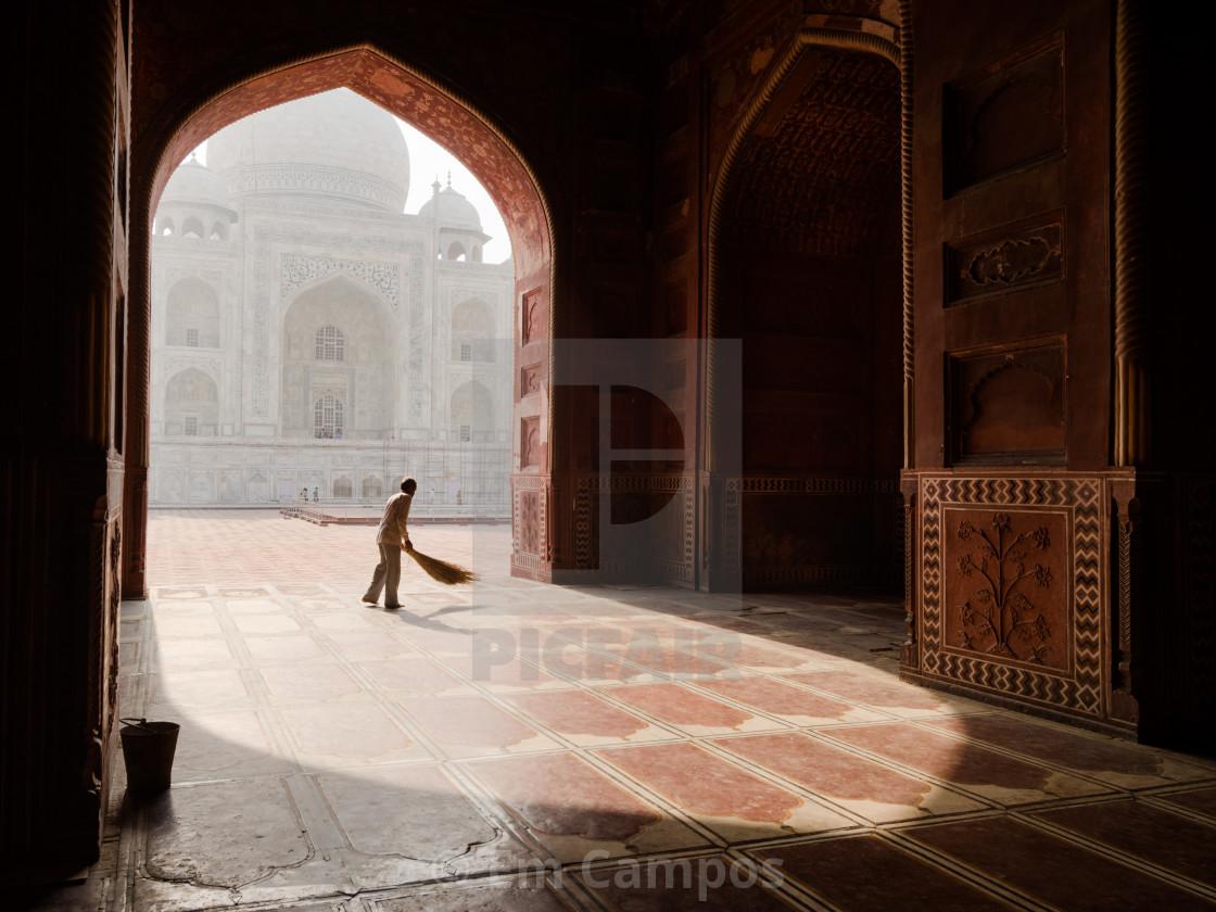 """Sweeper at the Taj Mahal"" stock image"