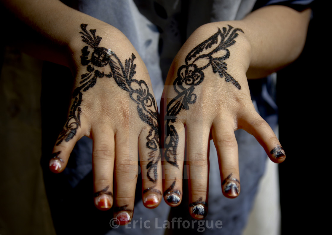 Floral Designs Drawn With Henna On A Girl Hands Amran Yemen