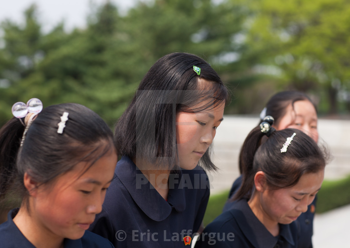 """North Korean children going to Taesongsan revolutionary martyr's cemetery,..."" stock image"