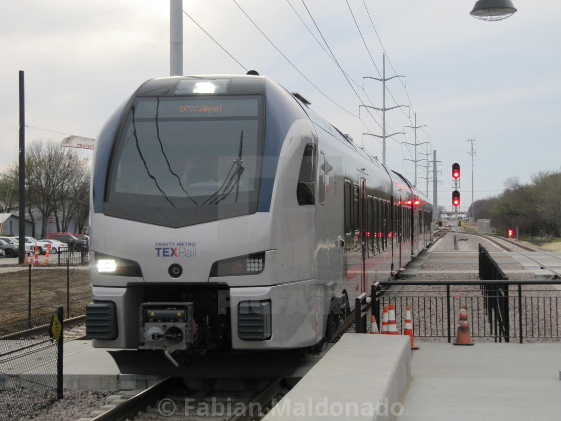 TEXRail train - License, download or print for £5 13