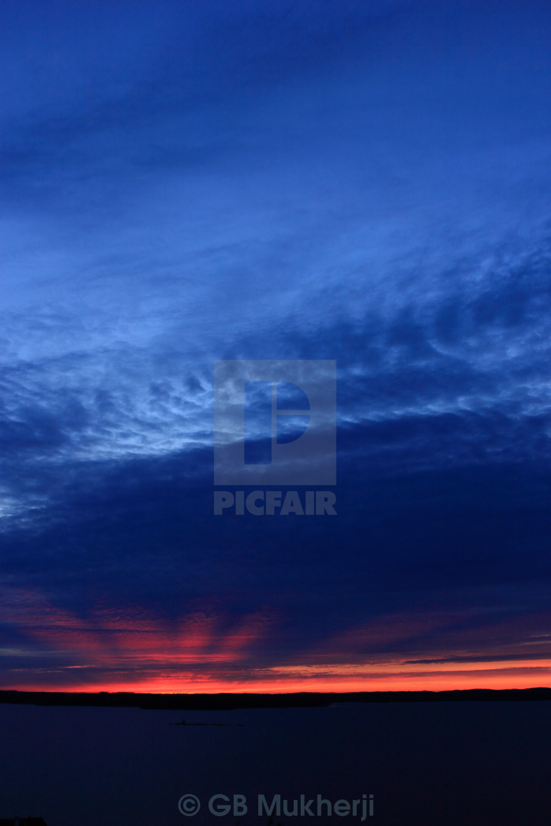 194be0b780717 Midnight sunset - License, download or print for £55.80 | Photos ...