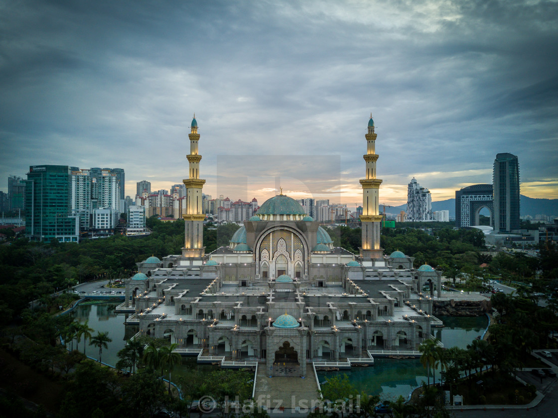 """Aerial Photo - The Federal Territory Mosque at Kuala Lumpur, Mal"" stock image"