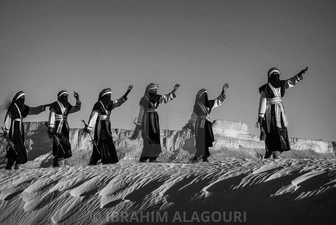 """The Libyan Tuareg in Desert ""GHAT""LIBYA Dance with Music"" stock image"